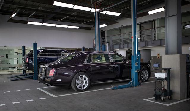 Rolls-Royce công bố phí bảo dưỡng tại Việt Nam: 1 lần/năm, giá từ 120,5 triệu đồng  - Ảnh 3.