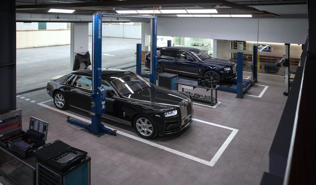 Rolls-Royce công bố phí bảo dưỡng tại Việt Nam: 1 lần/năm, giá từ 120,5 triệu đồng  - Ảnh 4.