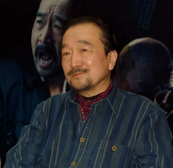 Tể tướng Lưu Gù: Mâu thuẫn với Càn Long - Hoà Thân, bị phong sát khốc liệt vì quá... liêm khiết, giờ ra sao ở tuổi 74?  - Ảnh 5.