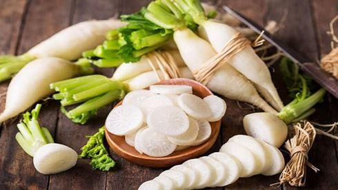 Ăn chín, uống sôi tốt cho sức khỏe nhưng 4 loại rau này ăn sống lại có tác dụng như 'thần dược', nấu chín chỉ làm hao hụt dưỡng chất - Ảnh 1.