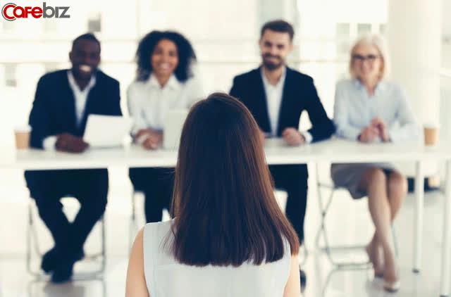Câu hỏi phỏng vấn thú vị của nhà tuyển dụng: Nếu có 5 cốc nước nhưng có tới 6 vị lãnh đạo, bạn sẽ làm thế nào? - Ảnh 2.