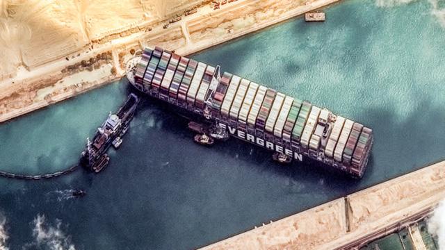Hỗn loạn trên biển do Covid-19: Vận tải quốc tế mắc cạn vì phong toả, thuyền viên bí bách, xung đột và tự sát, tàu biển và container đội giá lên gấp bội - Ảnh 2.