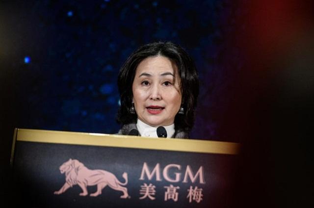 Tỷ phú sòng bài Macau tổn thất trăm triệu USD vì lo ngại quy định thắt chặt mới - Ảnh 2.