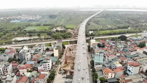 Hà Nội xây thêm cầu, đồng bộ hạ tầng giao thông - Ảnh 1.