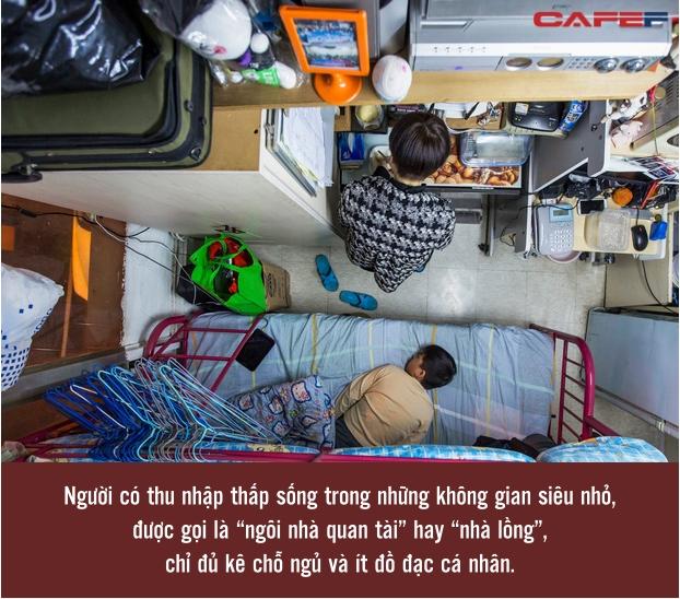 Giá nhà tăng cao chóng mặt, nhiều người buộc phải sống trong các căn hộ quan tài ở Hong Kong, kích thước chỉ bằng 2 chiếc giường - Ảnh 2.