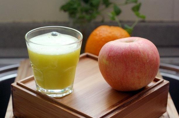 4 loại nước có thể khiến phụ nữ già nua rất nhanh, làm tổn thương collagen gây nên nhiều vấn đề xương khớp - Ảnh 3.