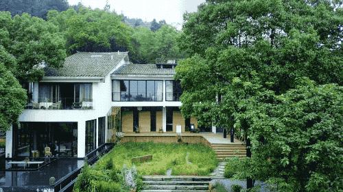 Ngôi nhà vườn khiến ai cũng trầm trồ của nữ biên tập viên rời phố, cùng chồng và bố mẹ về quê sống cuộc đời an nhàn - Ảnh 4.