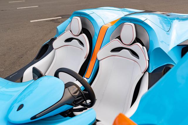 Khui công siêu phẩm trăm tỷ McLaren Elva tại Việt Nam: Xe được bảo vệ nghiêm ngặt, một chi tiết khó hiểu gây thắc mắc  - Ảnh 2.