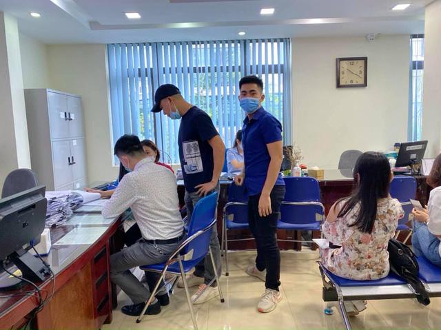 Bất động sản Hà Nội có dấu hiệu giao dịch trở lại, nhà đầu tư sẵn sàng giảm 10% để thoát hàng - Ảnh 1.