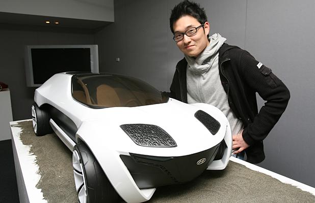 Chàng trai Hàn Quốc chấp bút xe VinFast vừa đăng ký bản quyền: Nhà thiết kế của GM, từng được Hyundai đổ tiền làm concept siêu dị - Ảnh 3.