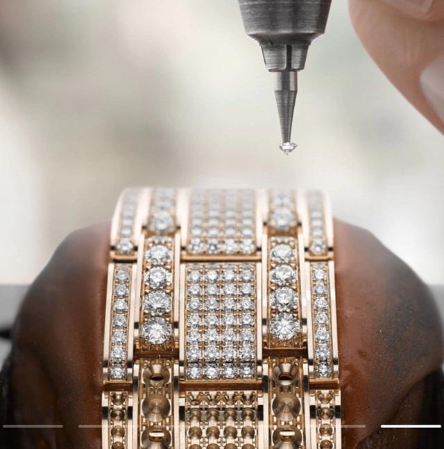Tiêu chí chọn kim cương gắt khiến đồng hồ đá quý Rolex thành kiệt tác - Ảnh 3.