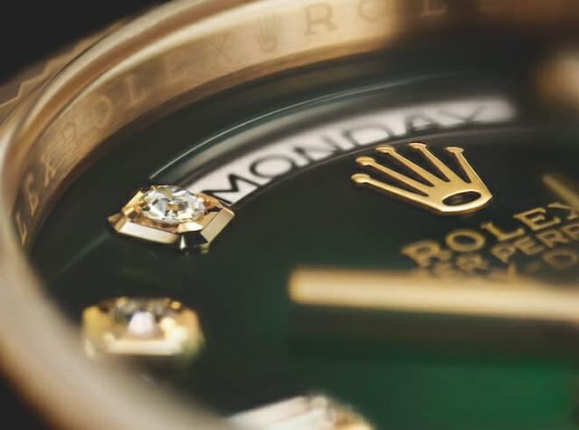 Tiêu chí chọn kim cương gắt khiến đồng hồ đá quý Rolex thành kiệt tác - Ảnh 5.