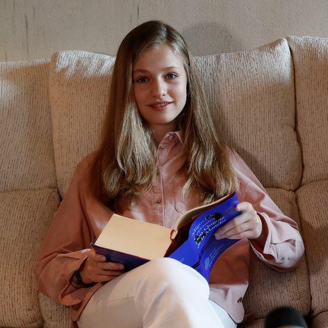 Nàng công chúa HOT nhất hiện nay: 15 tuổi đã nắm trong tay vận mệnh của đất nước, đánh bại con gái nhà Công nương Kate - Ảnh 7.
