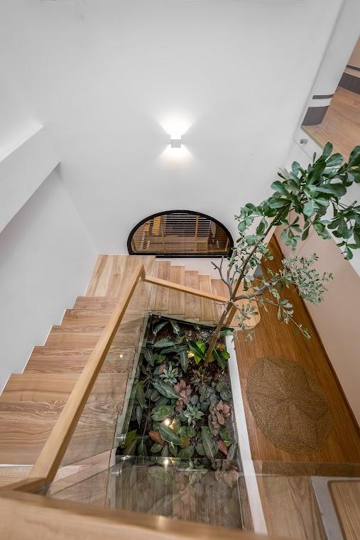Gia chủ chi gần 2 tỷ biến căn nhà phố gần 200m2 thành không gian sống xanh mướt với sân vườn giữa nhà - Ảnh 10.