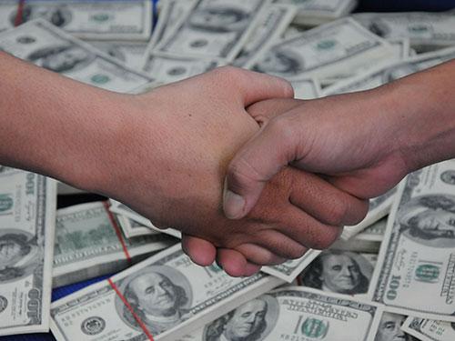 3 loại TIỀN này dù nghèo đến mấy cũng không được tiết kiệm: tiêu càng nhiều, kiếm được càng nhiều - Ảnh 1.