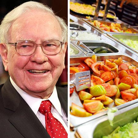 Tỷ phú Warren Buffett rất thích ăn Bacchanal Buffet tại Lâu đài Caesars, nơi vốn chỉ dành cho tầng lớp quý tộc và giới siêu giàu. Tuy nhiên, với tài sản 62 tỷ USD, Buffett có thể tới ăn ở nơi này mỗi ngày trong suốt 3 triệu năm.