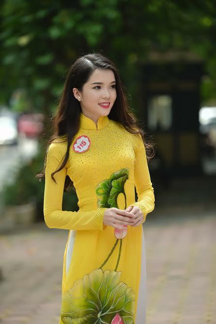 Cô giao dịch viên ngân hàng Thúy Vi đi thi Hoa hậu và lọt vào Vòng chung kết