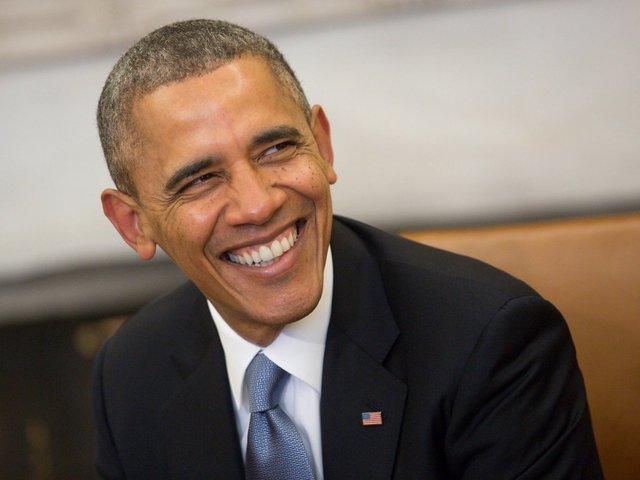 1. Tổng thống Mỹ Barack Obama từng theo học trường Luật Harvard và tốt nghiệp với tấm bằng tiến sĩ hạng ưu vào năm 1991. Năm 2008, ông đắc cử và trở thành vị tổng thống da màu đầu tiên trong lịch sử nước Mỹ. Trước đó, Obama giữ chức vụ thượng nghị sĩ tiểu bang Illinois trong tám năm và được bầu vào Thượng viện Hoa Kỳ năm 2004.