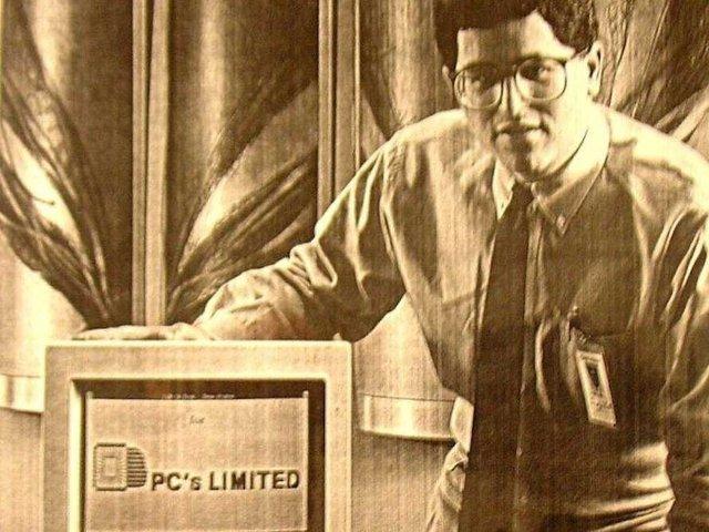 Năm 1984, Dell chính thức mở PCs Limited và nó nhanh chóng trở thành đơn vị tăng trưởng nhanh nhất ở Mỹ với doanh thu hơn 6 triệu USD trong năm đầu tiên hoạt động. Năm 1987, ông đổi tên công ty thành Dell Computer Corp. Doanh số công ty tiếp tục tăng. Năm 1988, công ty phát cổ phiếu lần đầu ra công chúng với số tiền huy động là 30 triệu USD. Dell kiếm được 18 triệu USD sau giao dịch này. Năm 1992, ở tuổi 27, Dell trở thành CEO trẻ nhất trong Fortune 500 - bảng xếp hạng những công ty hàng đầu thế giới do tạp chí Fortune bình chọn.