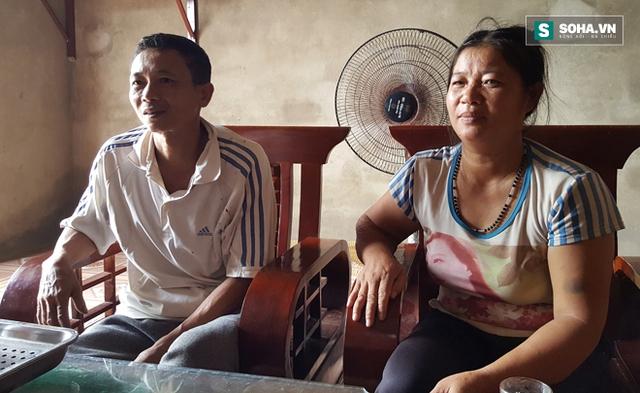 Vợ chồng chị Hoa luôn sợ hãi trước mỗi mùa đóng sản.