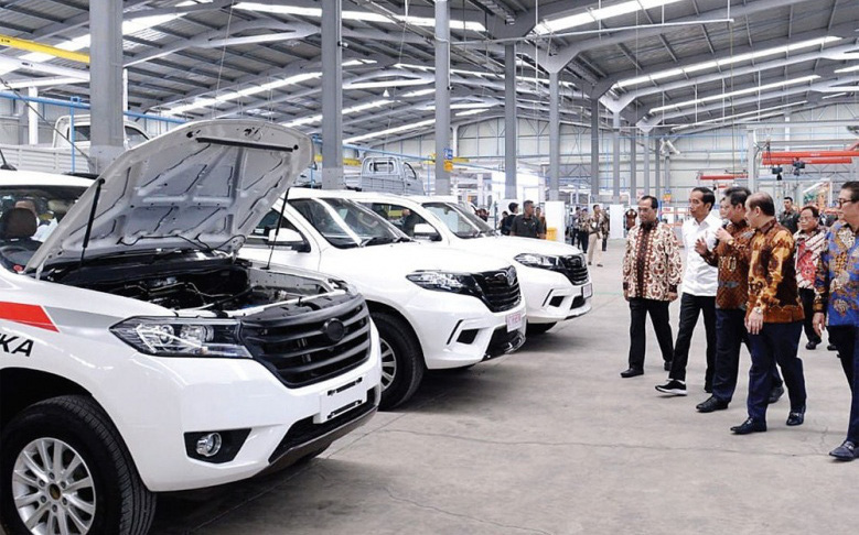 Báo chí Indonesia và Malaysia nói gì về mẫu xe VinFast President?