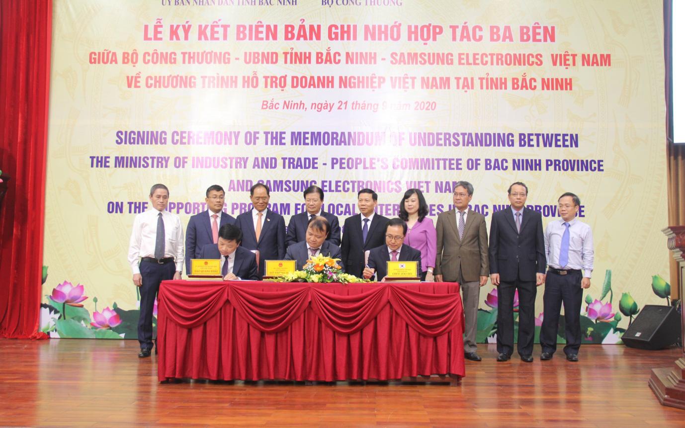 Chính phủ, địa phương và doanh nghiệp cùng bắt tay thúc đẩy công nghiệp hỗ trợ