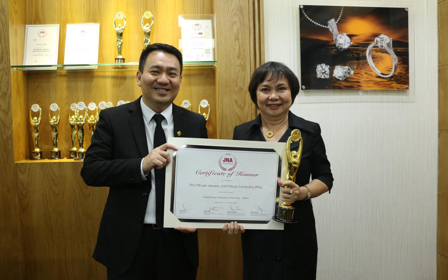 PNJ trở thành doanh nghiệp xuất sắc nhất ngành kim hoàn Châu Á – Thái Bình Dương