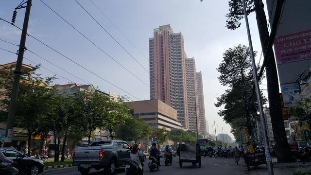 Dường như cao ốc Thuận Kiều Plaza sắp được lột xác.