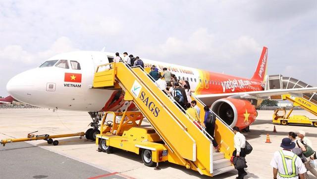 Các hãng hàng không VJA và JPA đã khai thác 50 đường bay nội địa nối Hà Nội, Đà Nẵng và TP.HCM với 17 sân bay địa phương