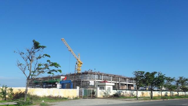 Trung tâm Hội nghị Ariyana Đà Nẵng đang được xây dựng trong quần thể resort Furama Đà Nẵng.