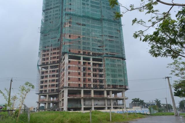 Dự án Tòa tháp đôi cao nhất miền Trung nằm ở vị trí đắc địa, sát chân cầu Thuận Phước.