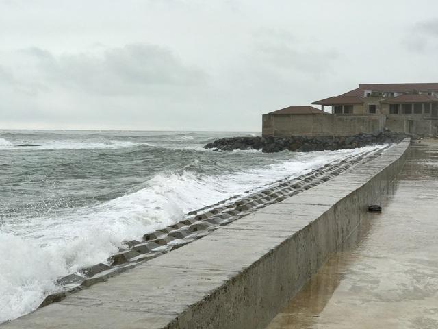 Sóng biển đang kéo nhiều dư án nghỉ dưỡng trở nên hoang tàn