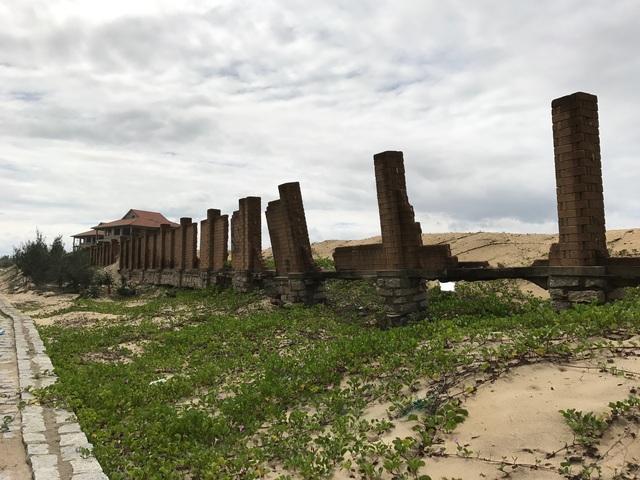 Một dự án trên khu đất rộng hơn 20ha cũng chỉ có một hai biệt thự xây xong bỏ hoang