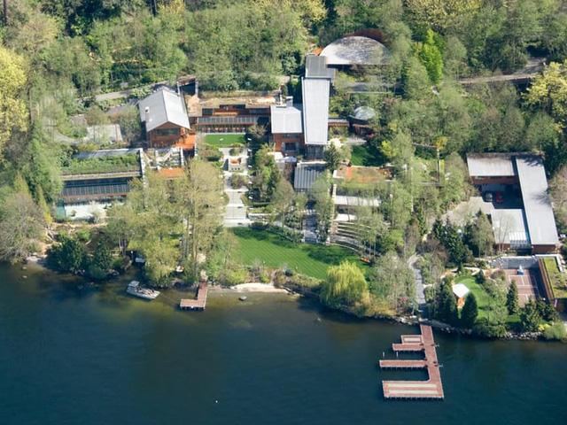 Gia đình tỷ phú Bill Gates đang sinh sống trong căn biệt thự rộng hơn 6.000m2 và được đặt tên là biệt thự Xanadu 2.0.