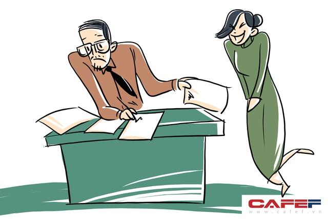 Vì tin tưởng nhân viên, nhiều khách hàng ký một loạt chứng từ trước, nhân viên ngân hàng nhận lệnh có thể thực hiện giao dịch nhanh chóng.