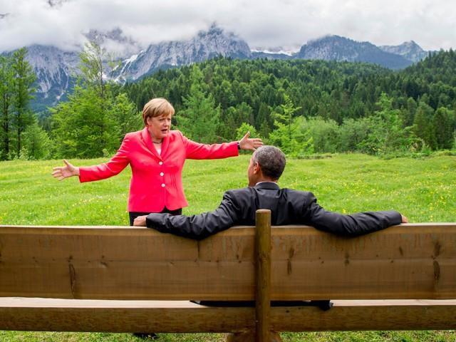 """""""Họ làm việc cùng nhau trên phần lớn các vấn đề. Họ dành cho nhau sự tôn trọng sâu sắc và tôi nghĩ đó cũng là tình bạn thân thiết. Ông ấy muốn tới gặp bà Merkel thêm một lần nữa để nói lời cảm ơn bà về quan hệ đối tác và lãnh đạo"""", Ben Rhodes, cố vấn an ninh quốc gia của Tổng thống Obama, chia sẻ với ABC. Ảnh: Reuters"""