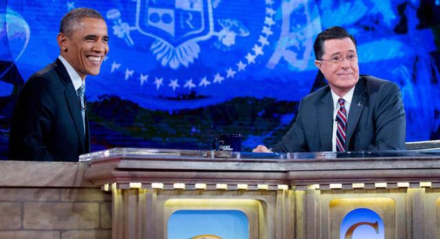Tổng thống Barack Obama trò chuyện với người dẫn chương trình Stephen Colbert.
