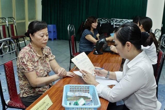 Tăng tuổi nghỉ hưu tiếp tục được đưa vào trong sửa đổi Bộ luật Lao động lần này. (Ảnh minh hoạ: TTXVN)