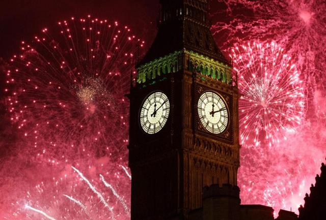 Thế giới tưng bừng chào đón năm 2017. Ảnh: AP