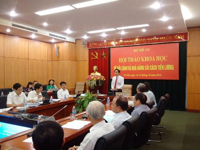 Thứ trưởng Bộ Nội vụ Trần Anh Tuấn chủ trì cuộc hội thảo