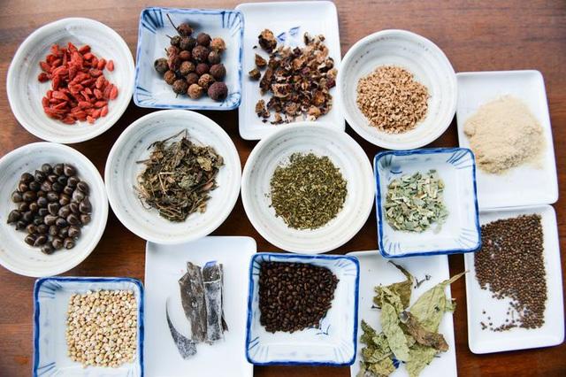 Thảo mộc được dùng làm thức ăn cho bò.