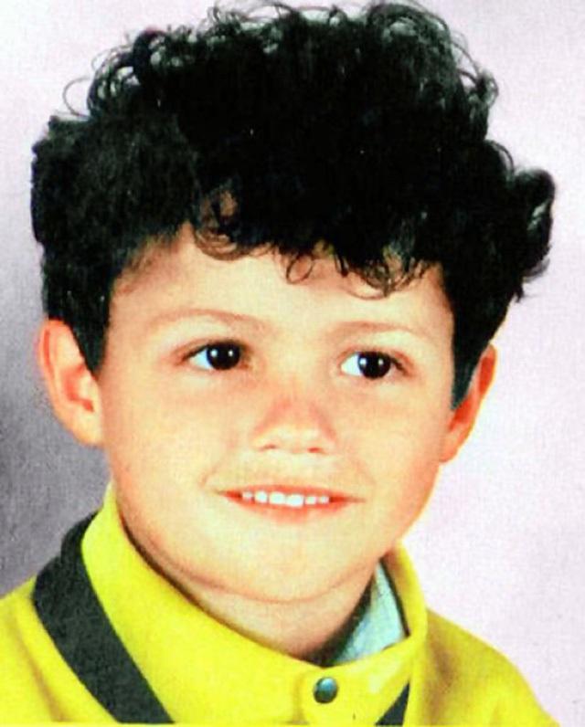 Cristiano Ronaldo khi còn bé