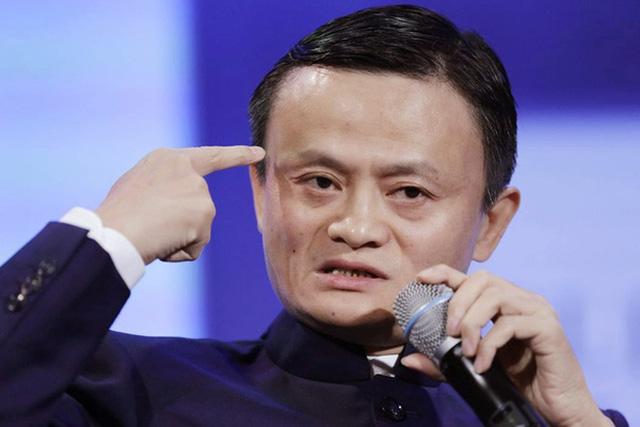 Jack Ma là một thiên tài. Nhưng chưa chắc ông đã có thể chạm tới tột đỉnh vinh quang nếu thiếu đi sự ủng hộ và hi sinh của vợ.