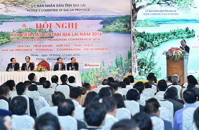 Thủ tướng mong muốn các nhà đầu tư làm ăn lâu dài ở Gia Lai. Ảnh: VGP/Quang Hiếu