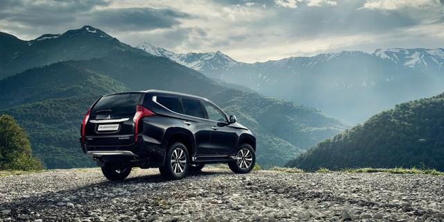 Sự đổi mới trong thiết kế và công nghệ đã đưa Pajero Sport trở thành mẫu xe SUV đẳng cấp và hoàn hảo.
