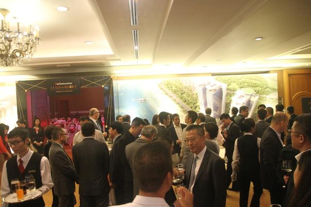 Trước thềm sự kiện, đông đảo các nhà đầu tư rất quan tâm đến dự án Swisstouches La Luna .
