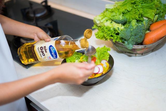 Ăn uống đủ chất luôn giúp cơ thể khỏe mạnh, chống lại nhiều loại bệnh tật.