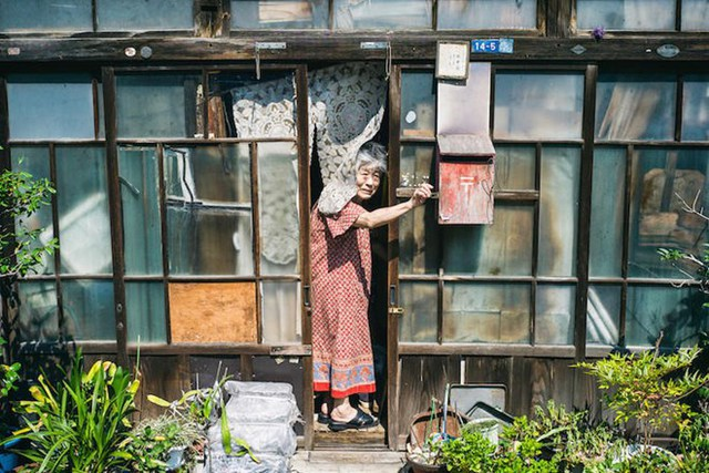 Tình trạng già hóa dân số đã trở thành một cuộc khủng hoảng không thể trốn tránh của nước Nhật ngày nay.