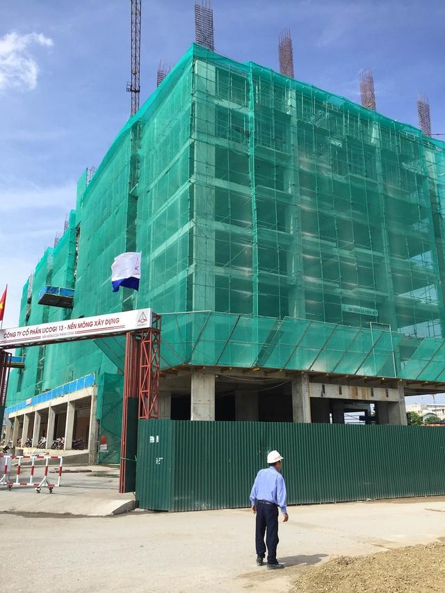 Các căn hộ với diện tích từ 71m2, 75m2, 80m2, 83m2…90m2, 103m2 (diện tích thông thủy) dự kiến sẽ được bàn giao cho khách hàng sau 1 năm nữa.