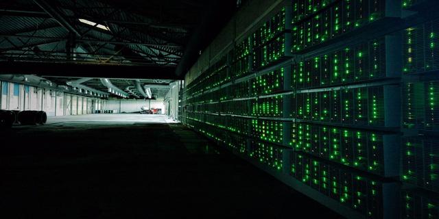 Mỗi một giao dịch bitcoin tiêu tốn lượng điện năng tương đương với lượng điện cung cấp cho 9 hộ gia đình trung bình trong 1 ngày ở Mỹ